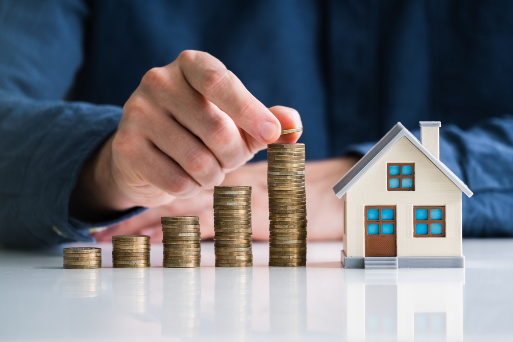 Real Estate vs. Stocks: Which is the Better Investment?